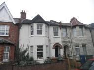 2 bedroom Flat in Rosslyn Crescent, HARROW