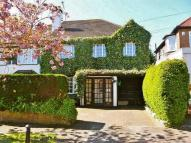 4 bed semi detached house to rent in MILLSMEAD WAY, Loughton...