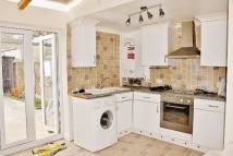 2 bed Flat in NORMAN ROAD, Ilford, IG1