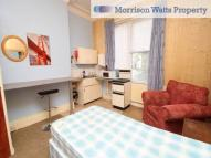 Studio flat in F1 Shaftsbury Avenue , ,
