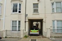1 bed Flat to rent in FARM ROAD, Hove, BN3