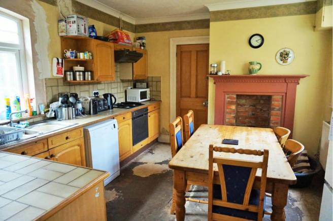 Kitchen / Breakfast