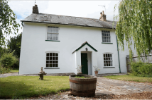 4 bedroom semi detached property for sale in Bridge View...