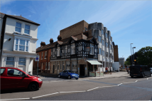 2 bedroom Flat to rent in 1   Landport  Terrace...