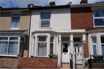 Terraced home to rent in 24 Carisbrooke Road...