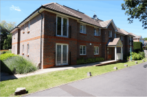 2 bed Flat in Needlespar Court...