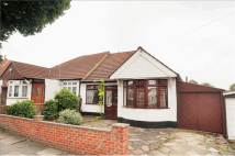 Bungalow for sale in Farndale Crescent...
