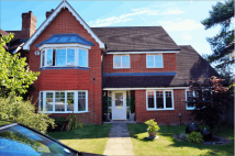 4 bed Detached house for sale in Maple Drive, Reading...
