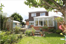 3 bed Bungalow in Salisbury Close...