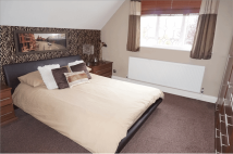 4 bed Detached property in The Brow, Waterlooville...