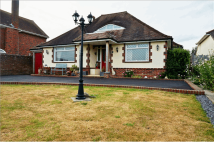 Bungalow for sale in Lower Road...
