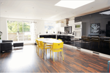 3 bed Detached home for sale in Middle Road, Southampton...