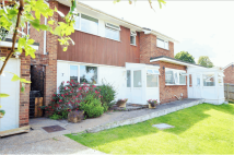 6 bedroom Detached house for sale in Old Farm Drive...