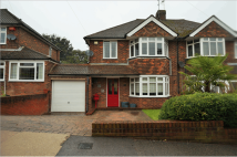 3 bedroom semi detached property in Chatsworth Drive...