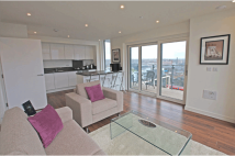 1 bedroom Flat to rent in Enterprise Way, London...