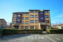 2 bedroom Ground Flat to rent in Hardcastle Close...