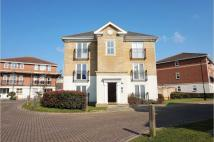 Apartment to rent in Bradfords Close, Chatham...
