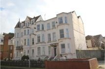 2 bed Flat in Queens Parade, Margate...