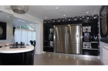 Lady Housty Avenue Detached property for sale