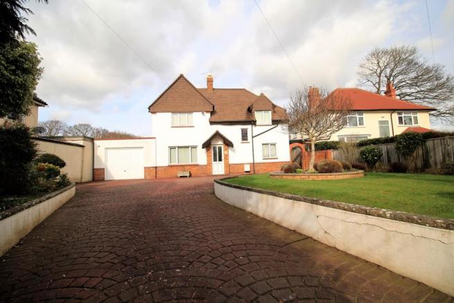 4 Bedroom Detached House For Sale In Barnhorn Road