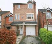 4 bedroom Detached house in Chervil Close, Manchester