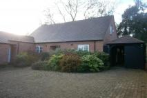 Detached house in Park View, Moulton...