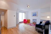 Flat to rent in MILDMAY GROVE NORTH...