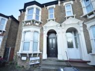 4 bedroom Flat in Hither Green Lane...