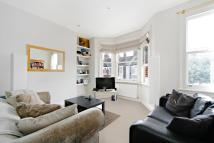 Flat to rent in Mablethorpe Road, London...