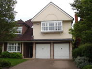 5 bedroom Detached property to rent in Jennings Close, Surbiton...