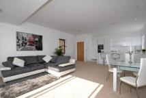 2 bed Penthouse in NEW ROAD, Brentwood, CM14