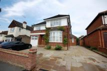 5 bed Detached house to rent in Honeypot Lane, Brentwood...