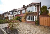 4 bed semi detached house in Selwood Road, Brentwood...