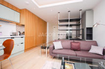 21 Wapping Lane Flat to rent