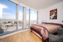 1 bedroom Flat to rent in Ontario Tower...
