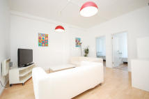 4 bed Flat to rent in Long Street, Hackney...