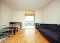 Flat to rent in Wharfside Point South...