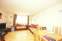 2 bed Flat to rent in Sail Court...