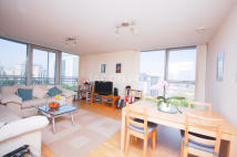 2 bed Flat in Switch House...