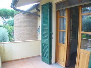 second balcony