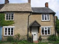 semi detached home to rent in Queen Street, Bampton...