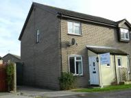 semi detached house to rent in Bracken Close, Carterton...