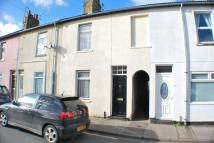 Terraced home to rent in St. Johns Road...