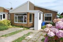 Bungalow to rent in ROCK ROAD, Lowestoft...