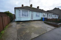 Detached Bungalow to rent in Crompton Road, Lowestoft