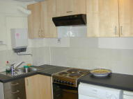 Studio flat in Hoxton Street, London, N1