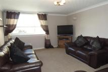 2 bed Maisonette to rent in East Main Street...