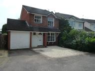 3 bed Detached property to rent in Dovehouse Drive