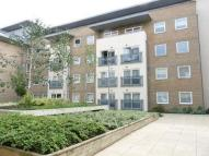 2 bedroom Apartment to rent in Gean Court, Bounds Green...