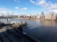 2 bedroom Flat in Benbow House, Southbank...